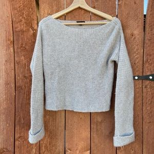 NWOT!! Topshop Gray knitted sweater